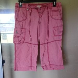 Ladies size 9 Mimosa cargo shorts